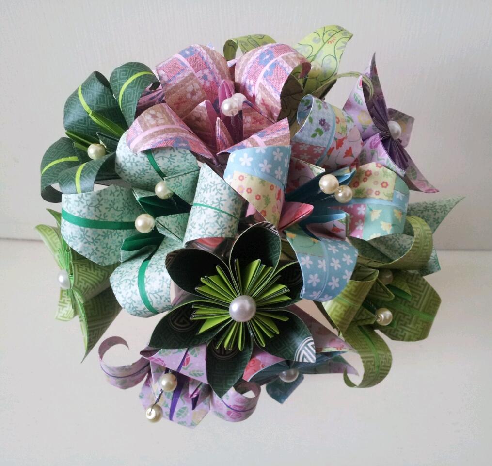 Alternative Unique Paper Flower Bouquets