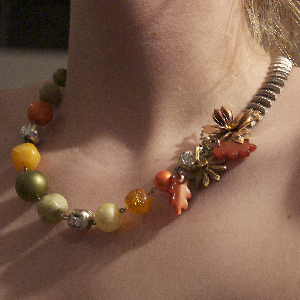 Handmade Vintage Necklaces with Recycled Materials ...