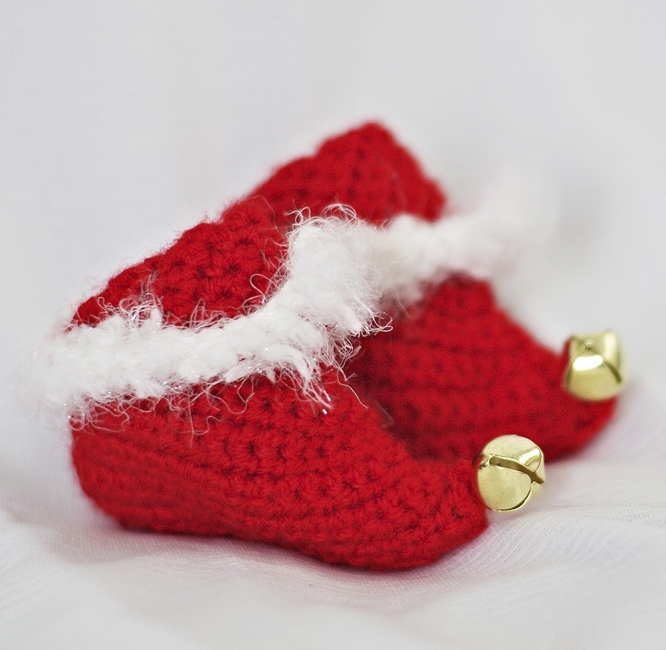 Knitting Pattern For Baby Elf Shoes : Free Crochet Patterns for Baby, Christmas and Toys Handmade Jewlery, Bags, ...