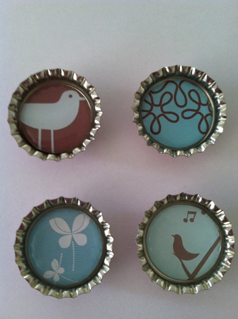 How to recycle bottlecaps upcycling ideas for bottle cap for Where to sell crafts
